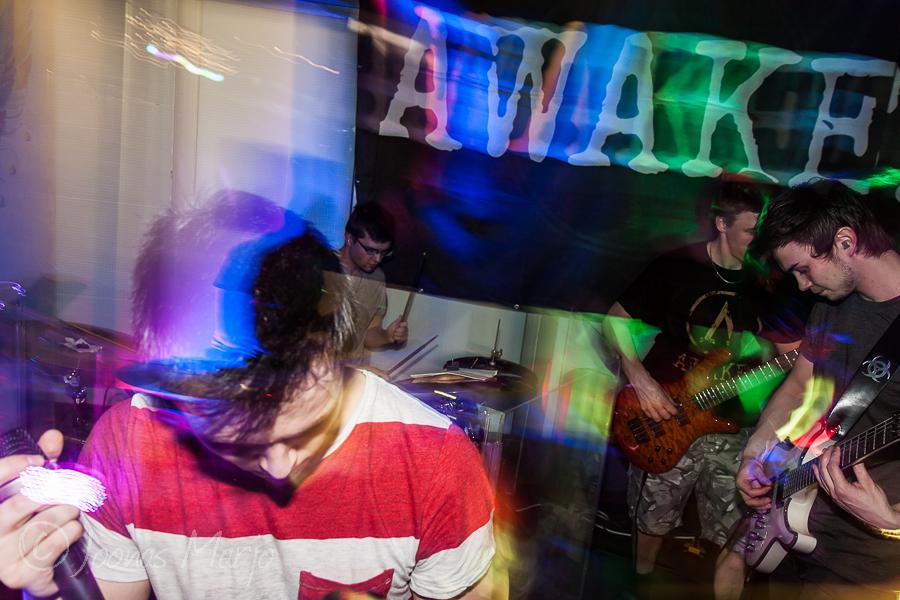 awake_32-32
